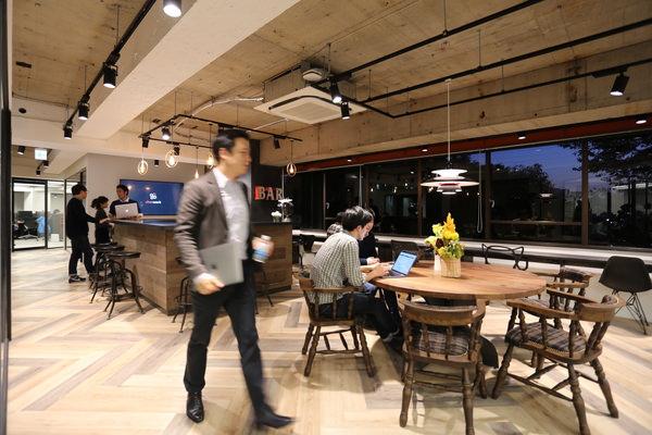 東京都オフィスのインテリアコーディネート