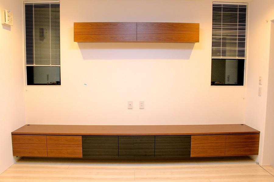 o-209-wall-cabinet-tv-board