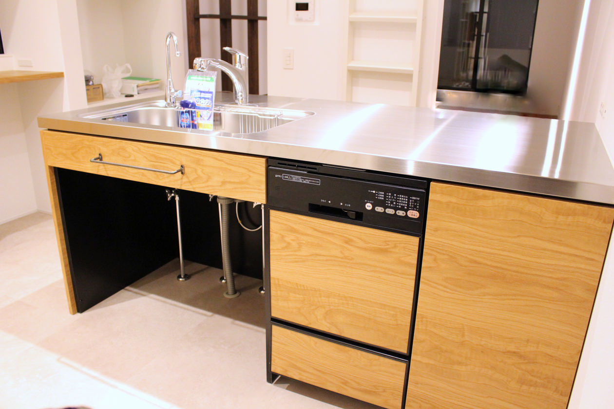 オーク突板を使用したオーダーキッチン
